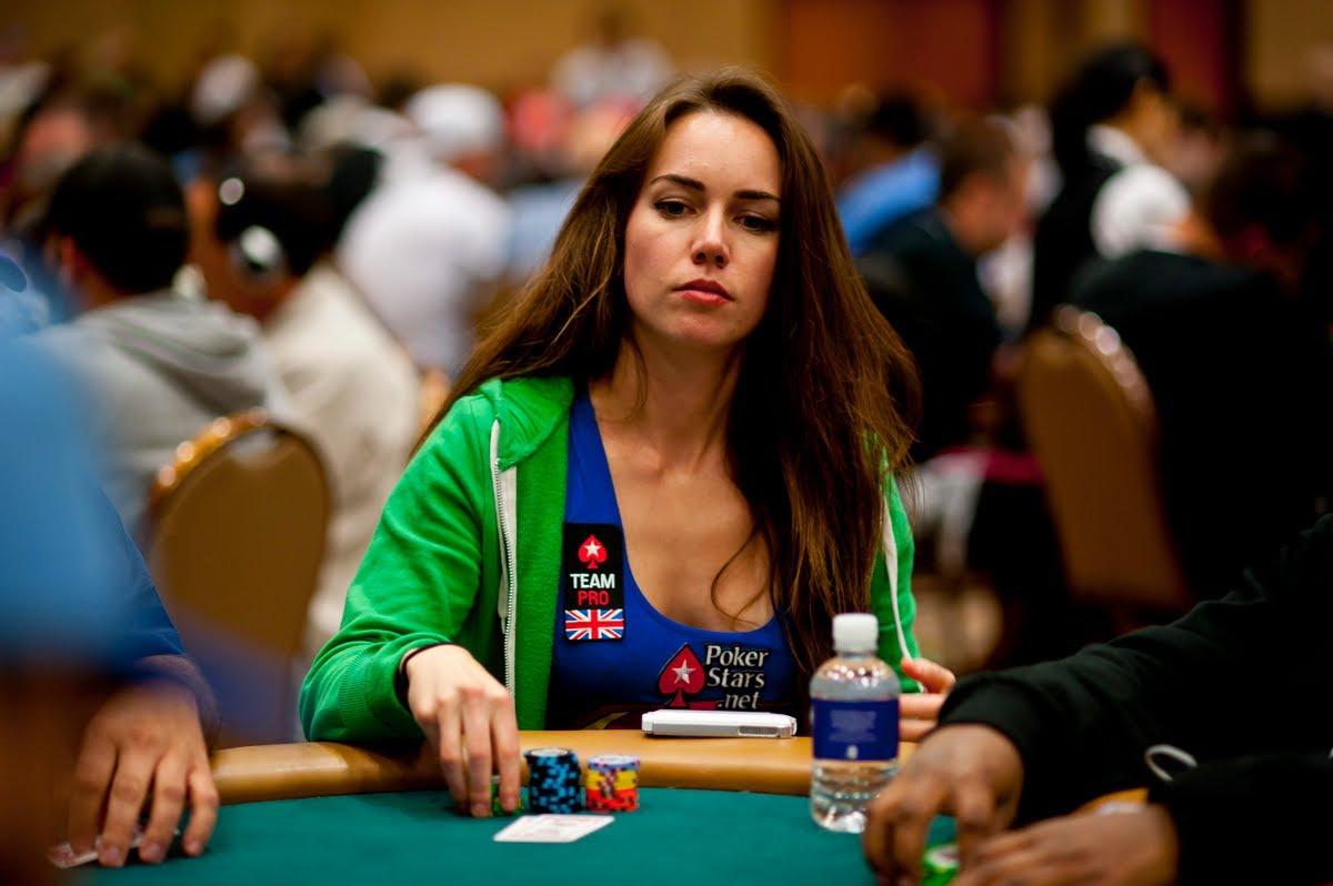5 Wanita Pemain Poker Profesional Tercantik